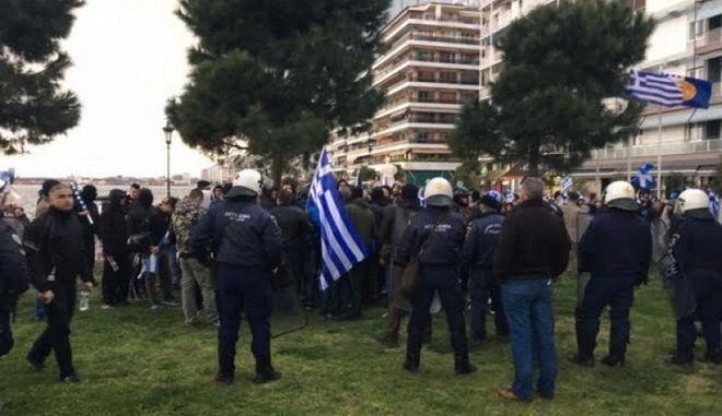 Τρεις συλλήψεις για τις συμπλοκές αντιεξουσιαστών με αστυνομικούς στη Θεσσαλονίκη
