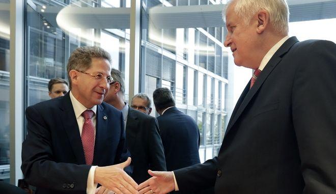 O Hans-Georg Maassen με τον γερμανό υπουργός Εσωτερικών, Χορστ Ζέεχόφερ