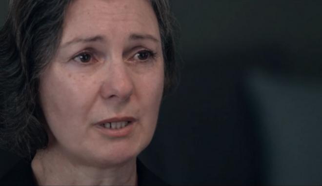 Η Ελένη Κωστοπούλου, μητέρα του δολοφονημένου Ζακ Κωστόπουλου