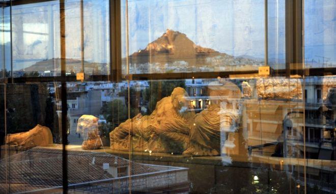 Στιγμιότυπο από τα εγκαίνια του Νέου Μουσείου της Ακρόπολης, Σάββατο 20 Ιουνίου 2009. (EUROKINISSI // ΑΝΤΩΝΗΣ ΝΙΚΟΛΟΠΟΥΛΟΣ)