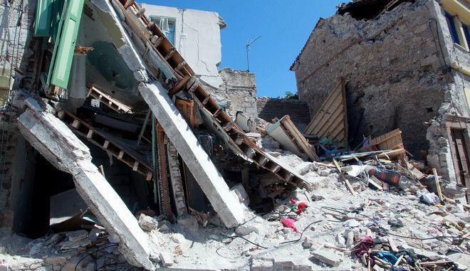 Μυτιλήνη: Μέτρα στήριξης των σεισμόπληκτων από το υπουργείο Εργασίας