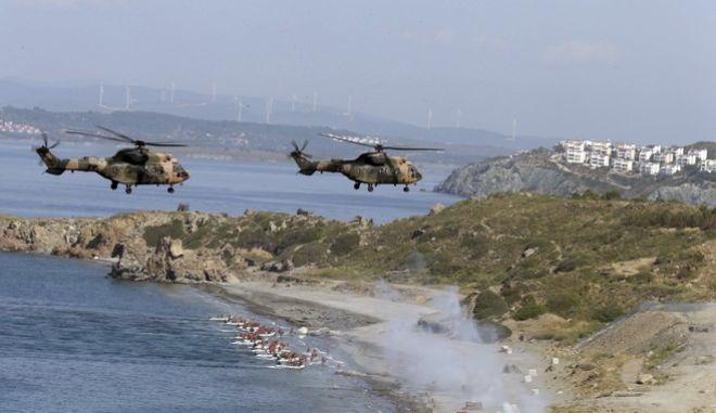 Στιγμιότυπο από τουρκική στρατιωτική άσκηση