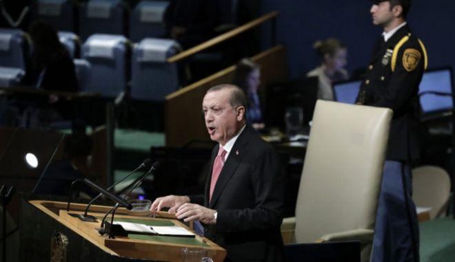 Έρχεται προκλητικός: Επικαιροποίηση της συνθήκης της Λωζάνης ζητάει ο Ερντογάν