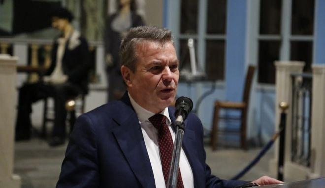 ΑΘΗΝΑ-Ομιλία του υφυπουργού αρμόδιου για θέματα Κοινωνικών Ασφαλίσεων Τάσου Πετρόπουλου σε ανοιχτή πολιτική εκδήλωση της Ν.Ε. ΣΥΡΙΖΑ  Α' Αθήνας με θέμα το Ασφαλιστικό, Πέμπτη 9/2.(Eurokinissi-ΣΤΕΛΙΟΣ ΜΙΣΙΝΑΣ)