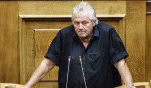Βουλή: Αντιδράσεις για τον Παπαχριστόπουλο που δεν είδε την πετρελαιοκηλίδα