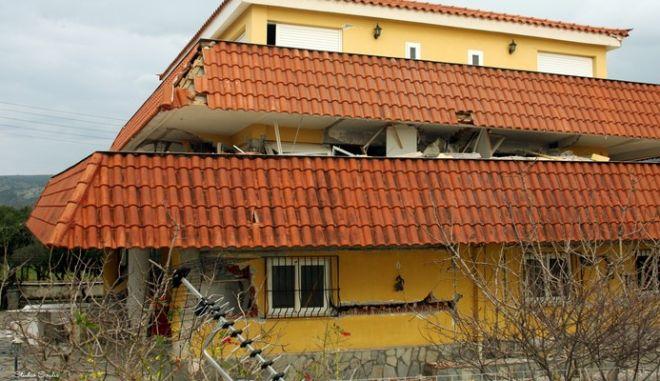 """Άντεξε η Κεφαλλονιά: Κάτω από 5% τα """"προσωρινά μη κατοικήσιμα"""" κτίρια"""