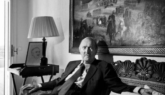 Πέθανε ο οικονομολόγος - τραπεζίτης Μίνωας Ζομπανάκης