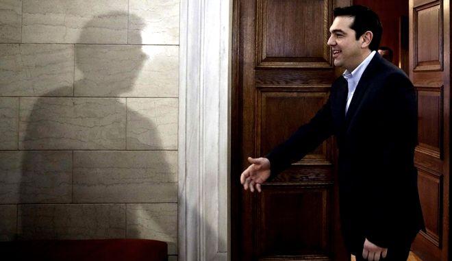 Βαριά η σκιά του ΣΥΡΙΖΑ στη Σύνοδο των G7. Η Ελλάδα καταστρέφει την ατζέντα της Μέρκελ