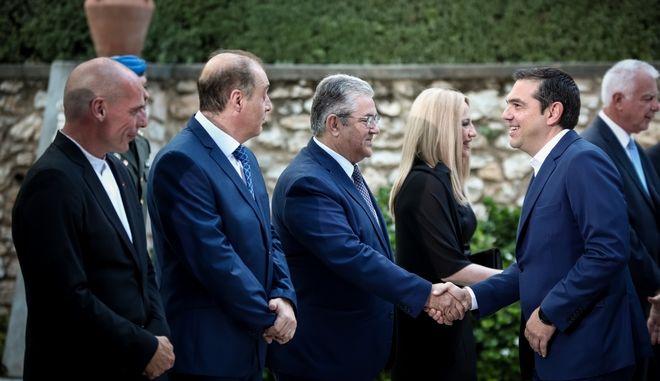 Ο Αλέξης Τσίπρας στη δεξίωση στο Προεδρικό Μέγαρο για την 45η επέτειο Αποκατάστασης της Δημοκρατίας