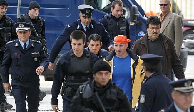 Πώς τα ταμεία της εγκληματικής οργάνωσης Στεφανάκου – Βλαστού – Σκαφτούρου γέμιζαν εκατομμύρια ευρώ