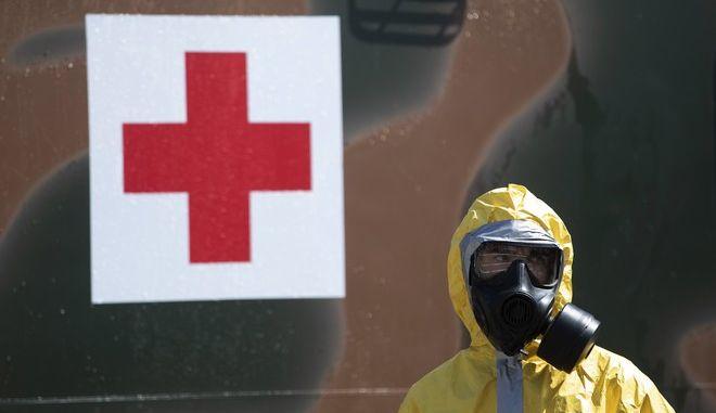 Στρατιώτης με μάσκα στη Βραζιλία