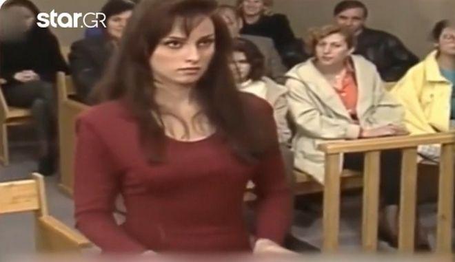 """Όταν η Πέγκυ Ζήνα έπαιζε στο """"Άρχεται η συνεδρίασις"""" το 1993"""