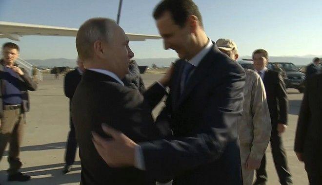 Πλάνα της συριακής τηλεόρασης από παλαιότερη συνάντηση Άσαντ - Πούτιν στη ρωσική βάση
