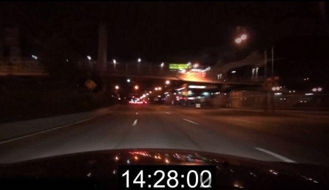 Βίντεο: Τρελή πορεία στο Μανχάταν με το πόδι στο γκάζι