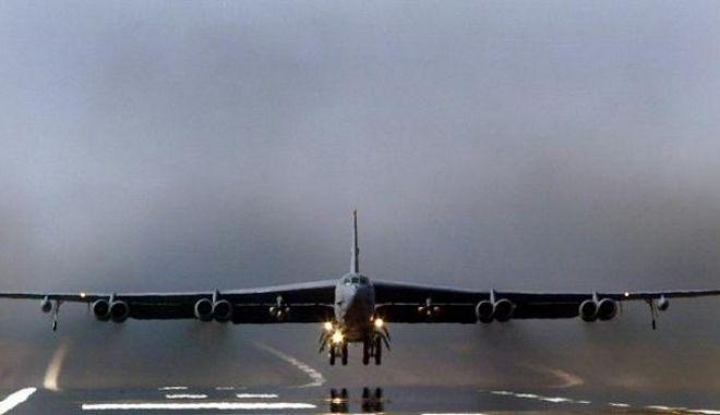 Έκρηξη στη μεγαλύτερη αεροπορική βάση του Αφγανιστάν, με νεκρούς