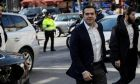 Ο Αλέξης Τσίπρας προσέρχεται στα γραφεία του ΣΥΡΙΖΑ