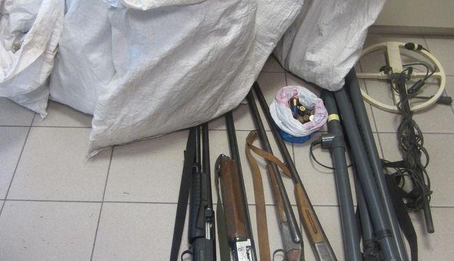 Εξαρθρώθηκαν δύο σπείρες διακίνησης ναρκωτικών στην Θεσσαλία