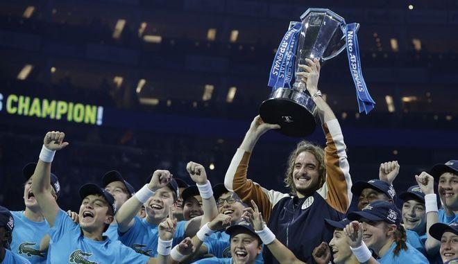 ATP Finals: Τεράστιος Στέφανος Τσιτσιπάς, νίκησε τον Τιμ στον τελικό