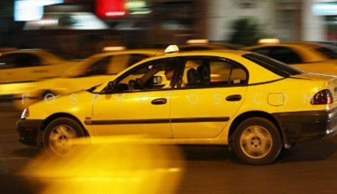 Εξαρθρώθηκε και άλλη σπείρα που καταλήστευε οδηγούς ταξί στα Άνω Λιόσια