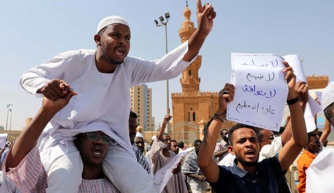 Διαμαρτυρία κατά του προέδρου στο Σουδάν (φωτογραφία αρχείου)