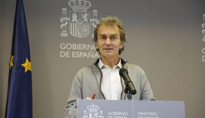 Ισπανία: Θετικός στον κορονοϊό ο επικεφαλής της συντονιστικής επιτροπής για την αντιμετώπισή του