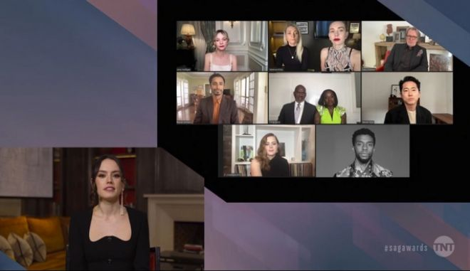 H Daisy Ridley παρουσιάζει τους υποψηφίους που επίσης φαίνονται στην οθόνη.