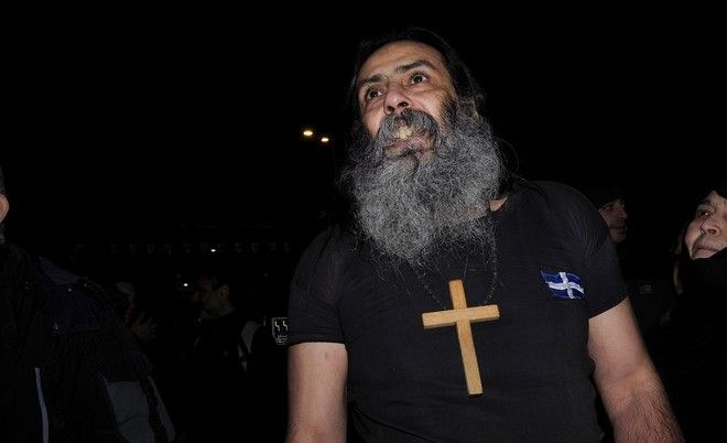 Protest by followers of the old calendar against the decision to jail the abbot of Esfigmenos Monastery, in Athens, on Feb. 1, 2017 /            ,  ,  2 , 2017