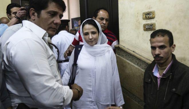 Αίγυπτος: Αθώα κρίθηκε η ακτιβίστρια Άγια Χιτζάζι μετά από τριετή κράτηση στις φυλακές