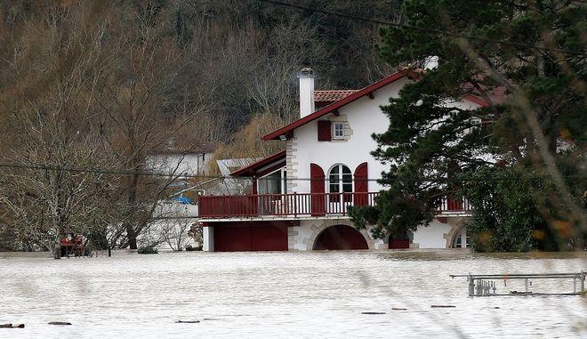 Ισχυρές βροχοπτώσεις και πλημμύρες στη Γαλλία - Φωτό αρχείου