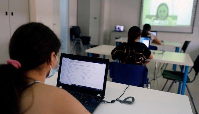 ΠΑΙΔΙΚΑ ΧΩΡΙΑ SOS - INCO EDUCATION ACCELERATOR: Εκπαιδεύουν ψηφιακά τα παιδιά