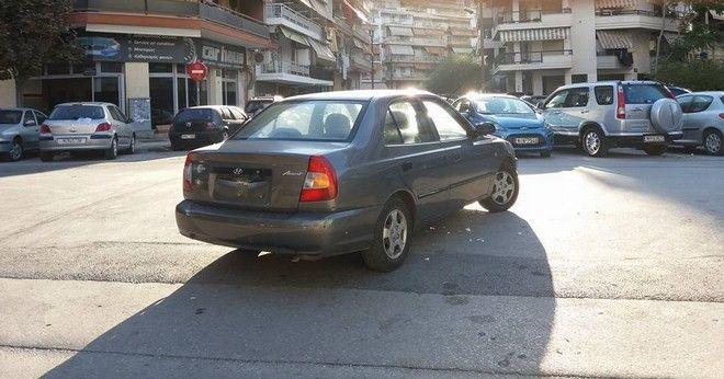 Θεσσαλονίκη: Ακόμα ένα παρκάρισμα για... 'χρυσό βατόμουρο'
