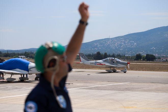 Αποστολάκης Απαντάμε με αποφασιστικότητα δεν βοηθάνε οι Τούρκοι