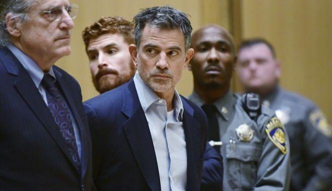 Ο Φώτης Ντούλος στο δικαστήριο αρχές του 2020