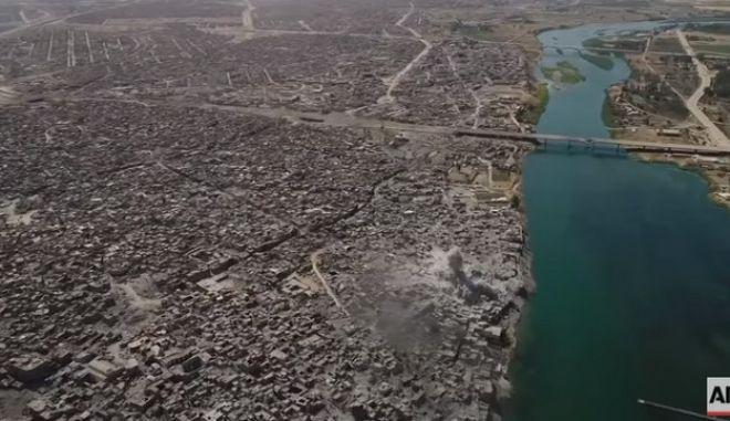 Drone: Η διαλυμένη Μοσούλη από ψηλά. Επίσημα νεκρός ο ηγέτης του ISIS