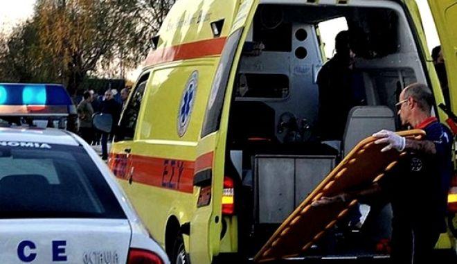 Κρήτη: Οδηγός έχασε τον έλεγχο, έπεσε σε χαντάκι και εγκλωβίστηκε στο όχημα