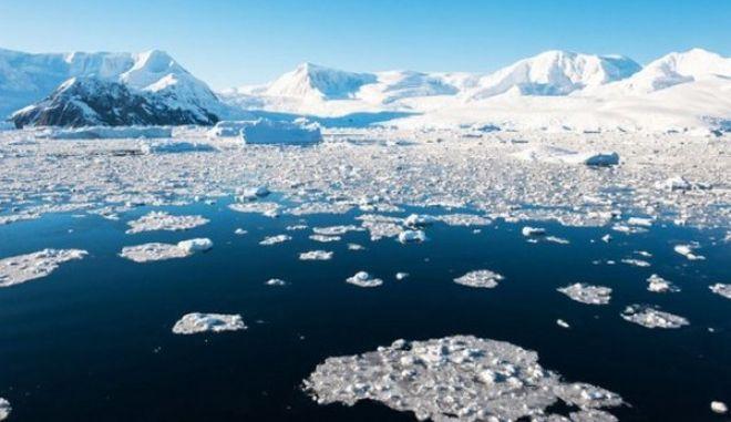 Πιο γρήγορα από ότι το 2010 λιώνουν οι πάγοι στη δυτική Ανταρκτική