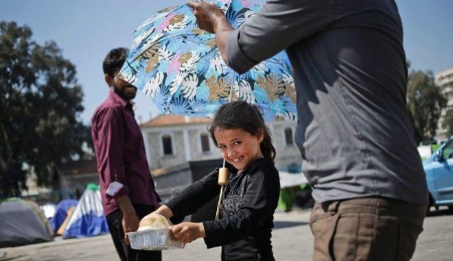 Μουζάλας: Αν πάρουμε μαζικά τους πρόσφυγες απ' τα νησιά πέφτει η συμφωνία