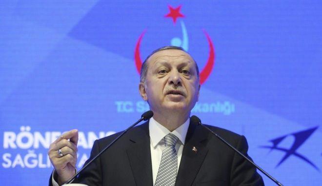 Ο Ερντογάν σε ομιλία του στην Κωνσταντινούπολη