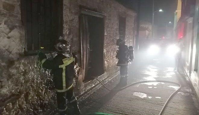 Μόρια: Φωτιά σε εγκαταλελειμμένη οικία