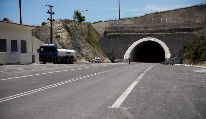 Αυτοκινητόδρομος στην Κρήτη