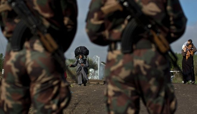 Σε ετοιμότητα ο στρατός στη Σερβία