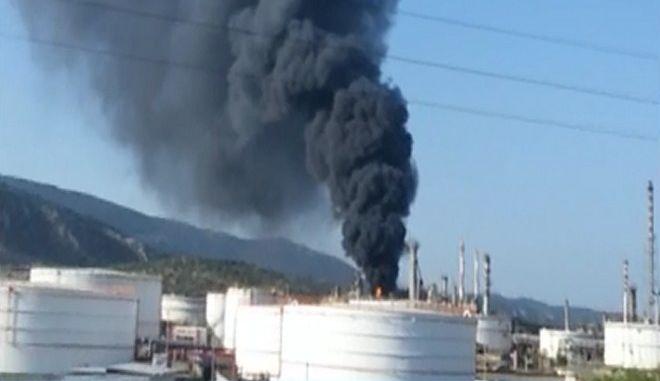Φωτιά στα ΕΛΠΕ: Βίντεο ντοκουμέντο από το ατύχημα