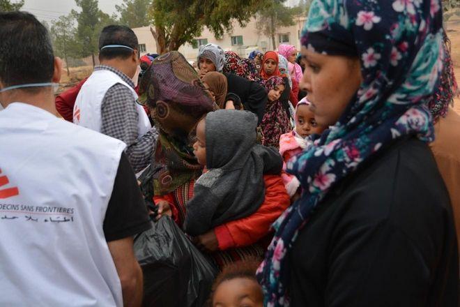 Αθέατοι πρόσφυγες στα κέντρα κράτησης της Λιβύης