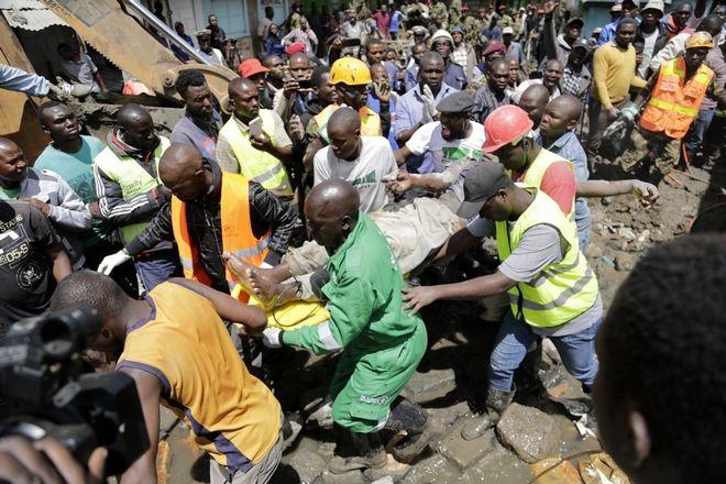 Ναϊρόμπι: Τουλάχιστον 3 νεκροί από την κατάρρευση κτιρίου