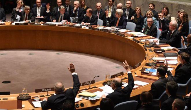 Ομόφωνη απόφαση του Συμβουλίου Ασφαλείας του ΟΗΕ σε ειρηνευτικό σχέδιο για τη Συρία