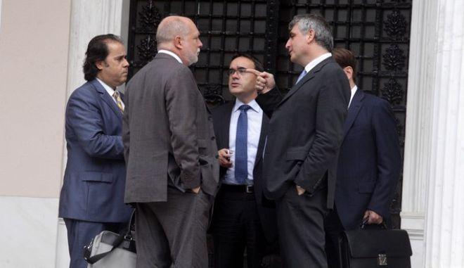 ΑΘΗΝΑ-Συνάντηση του πρωθυπουργού Αντώνη Σαμαρά με τον πρόεδρο του Euro-Working Group Τόμας Βίζερ.(EUROKINISSI)