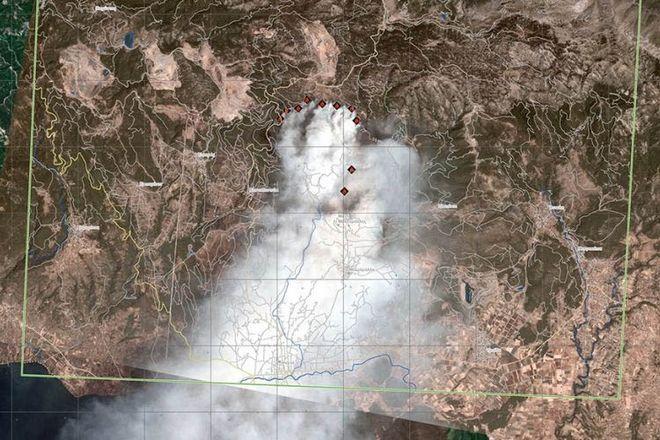 Ο καπνός όπως αποτυπώνεται από δορυφόρο