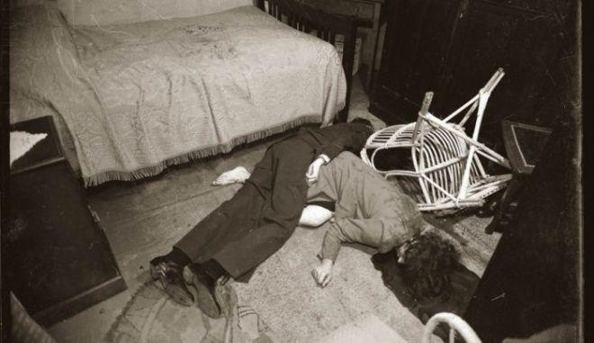 Μηχανή του Χρόνου: Ο πιλότος που σκότωσε τη γυναίκα του και αυτοκτόνησε. Οι φωτογραφίες της φρίκης έγιναν έκθεση
