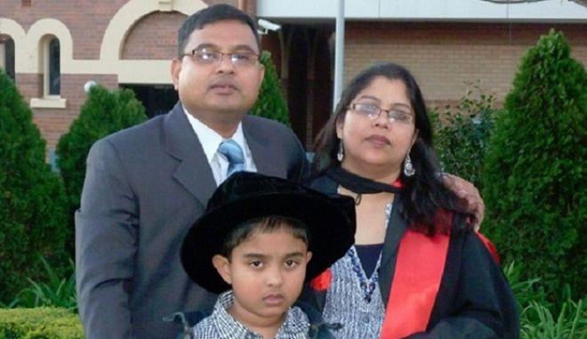 Απόφαση ντροπή: Απελαύνουν ζευγάρι γιατί έχουν παιδί με αυτισμό