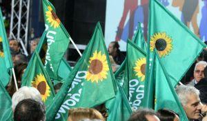 Αποχωρήσεις από τους Οικολόγους Πράσινους λόγω Τσιρώνη